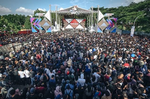 Pensi Sebagai Denyut Nadi Industri Musik Indonesia
